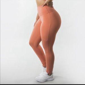 Buffbunny Posh legging- Peach